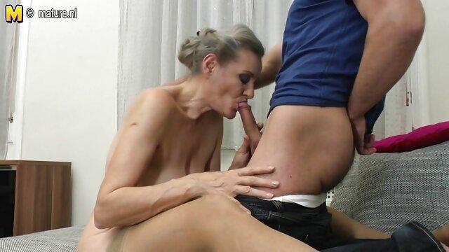 Chica rusa foyando ala suegra vino al casting anal