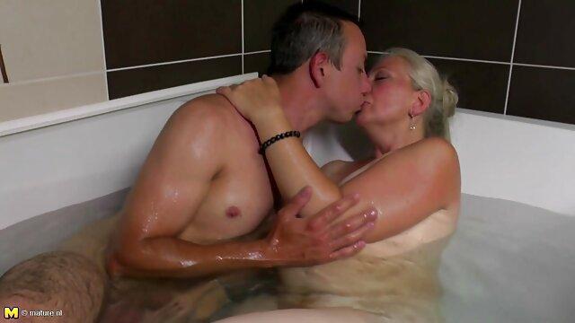 La pareja decidió follar directamente sexo videos suegras en el taxi