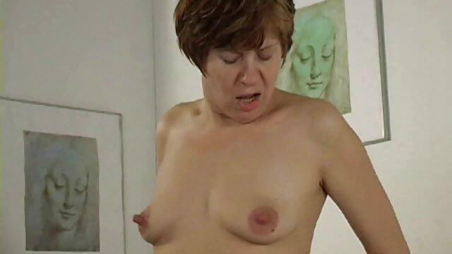 Chica follando a tu suegra culona Mia Malkova folla con un guapo sexy