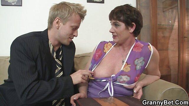 Follada en coji con mi suegra anal morena y llena de esperma